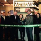 Side Project Cellar owners Karen and Cory King cut the ribbon. Credit: Maplewood Chamber of Commerce.