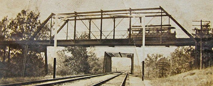 This is the earliest photo of the Edgebrook bridge that I have found. Courtesy of Linda Kosiacki.