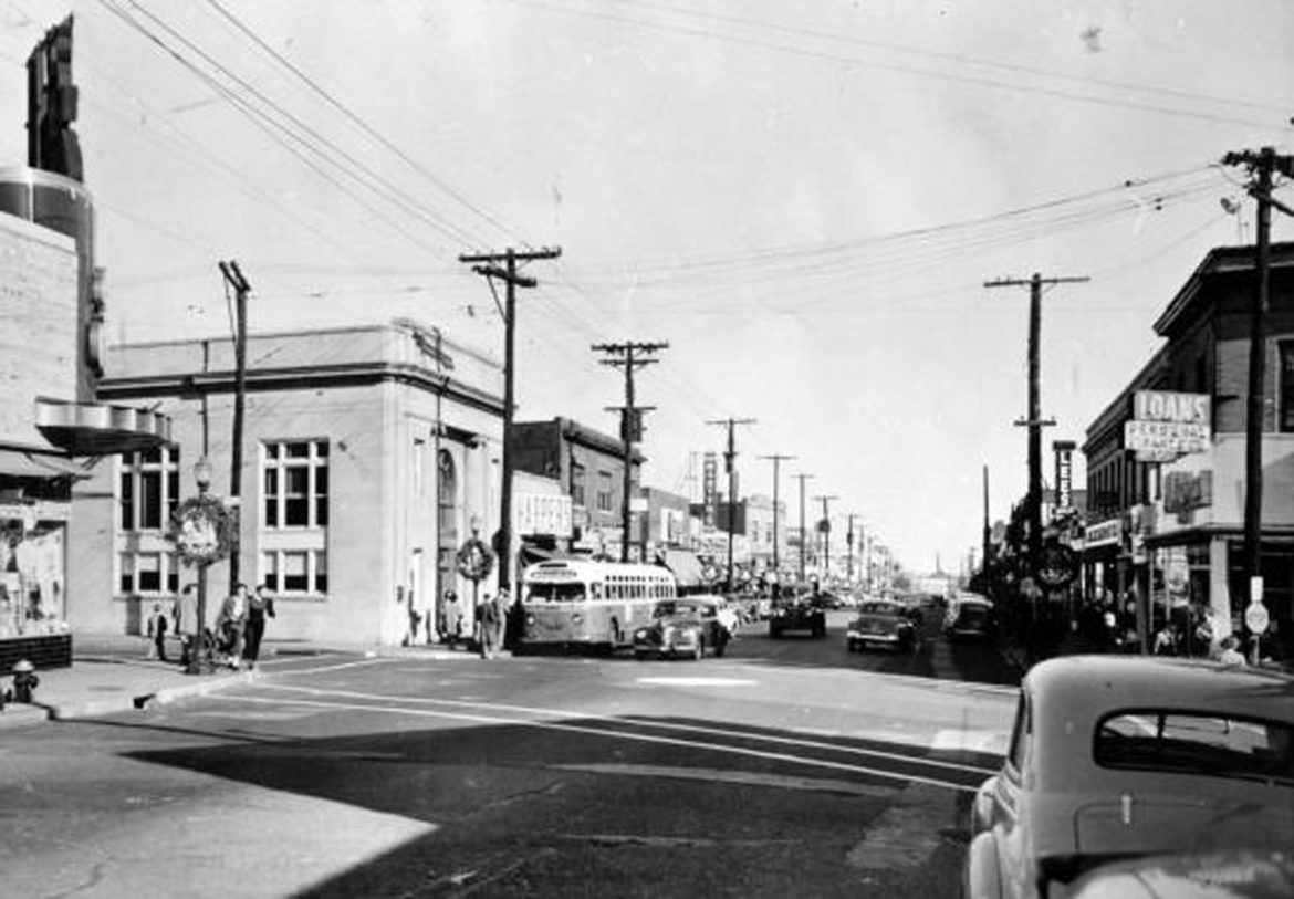 Standing right in front of the Katz store and looking east. this image came from the Missouri State Archives by way of our community Development Director, Ms. Rachelle L'ecuyer.